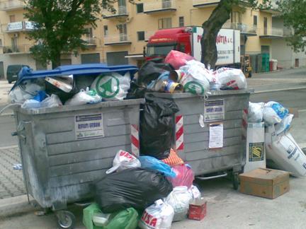 San Giovanni Rotondo NET - Immondizia