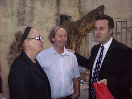 San Giovanni Rotondo NET - Il Sindaco con i genitori di Antonio Ciavarella