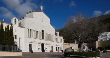Chiusi il Santuario e i luoghi di San Pio