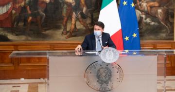 L'epidemia in Italia è in rapido peggioramento: Conte illustra il nuovo Dpcm