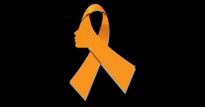 Contro la violenza sulle donne: dalla B alla D col nastrino rosso